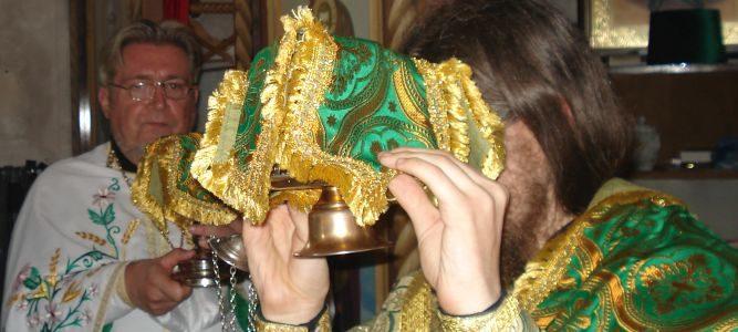 Юбилейная служба в храме святой блаженной Ксении Петербургской на Святошинском кладбище